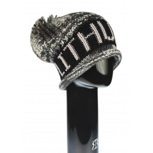 Juoda žieminė kepurė su bumbulu LITHUANIA - Robin Ruth