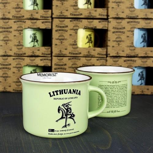 Mažas žalios spalvos suvenyrinis puodelis Lietuva - Vytis su istorija 150ml