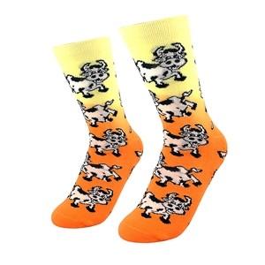 Spalvotos moteriškos kojinės su karvutėmis, dydis:(36-42)